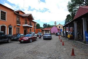 Huasca de Ocampo - Streetview looking towards parish church