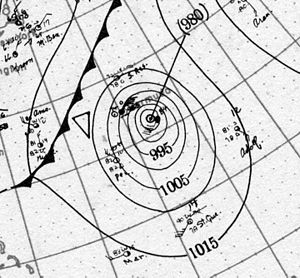1917 Atlantic hurricane season - Image: Hurricane Three surface analysis 4 Sept 1917