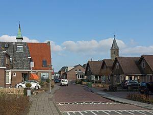 IJsselmuiden - Image: I Jsselmuiden, toren van de Nederlands Hervormde kerk RM39907 en kerkgebouw van de voormalige Gereformeerde Gemeente Buitenverband foto 3 2016 02 17 14.39