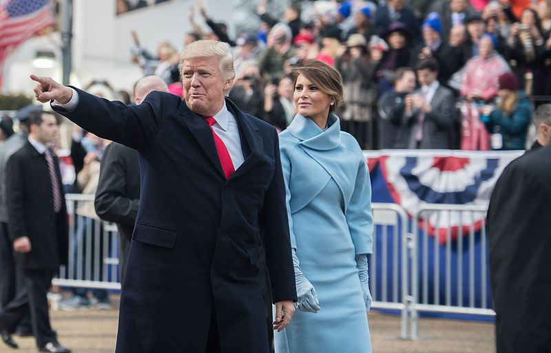 Inaugural parade Donald Trump and Melania Trump 01-20-17.jpg