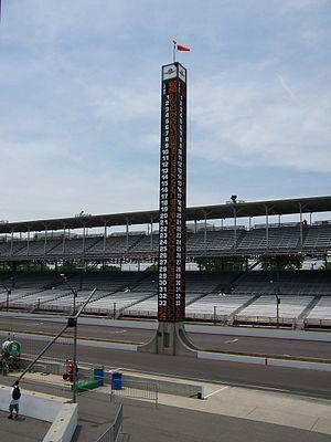 1994 Indianapolis 500 - The new Pylon