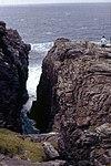 Inishowen-02-Malin Head-Hell's Hole-1989-gje.jpg