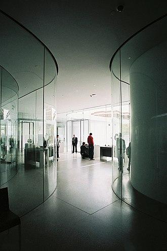 Toledo Museum of Art - Image: Interior del Glass Pavilion