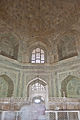 Interior of the Taj Mahal 04.jpg