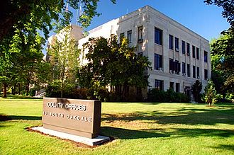 Jackson County, Oregon - Image: Jackson County Courthouse (Jackson County, Oregon scenic images) (jac DA0008)
