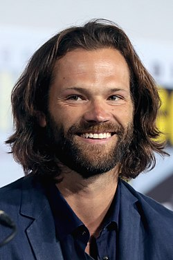 Jared Padalecki (48478246502) (cropped).jpg