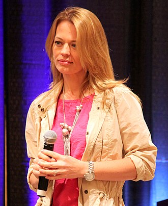 Seven of Nine - Jeri Ryan, appearing at the Creation Star Trek convention in 2010