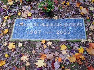 Cedar Hill Cemetery (Hartford, Connecticut) - The grave of Katharine Hepburn