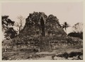 KITLV 40004 - Kassian Céphas - West side of the Shiva Temple of Prambanan near Yogyakarta - 1889-1890.tif
