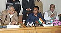 "Kamal Nath addressing at the signing ceremony of a Memorandum of Understanding on ""Development of Metro Link from Delhi Metro's Sikanderpur Station to NH-8 in Gurgaon"", in New Delhi. The Chief Minister of Haryana.jpg"