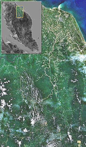 Pemandangan sungai kelantan daripada satelit ( landsat 7 dengan