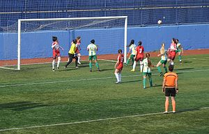 2016–17 Turkish Women's First Football League - 2016-17 season's play-out match between Kireçburnu Spor (white(green) and İlkadım Belediyespor (red).