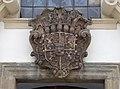 Kostel sv. Bartoloměje - znak hravat Šporků.jpg