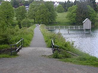 Upper Harz Water Regale - The Crane Pond (Kranicher Teich) near Hahnenklee with its control hut (Striegelhaus)