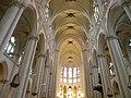 La Chapelle Montligeon Basilique Nef.jpg