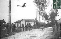 La gare de Bouy aviation et Antoinette.jpg