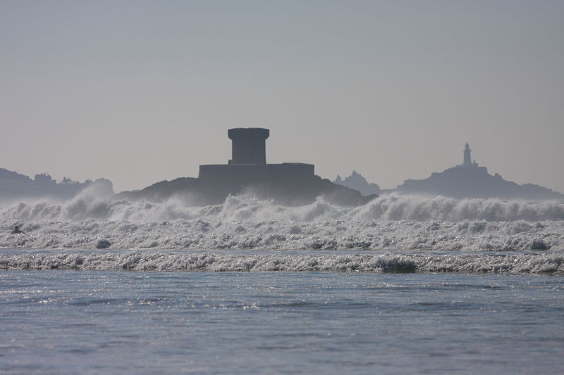 File:La rocco tower and lighthouse.JPG