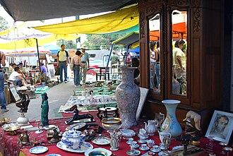 La Lagunilla Market - View of the Sunday antiques market at La Lagunilla