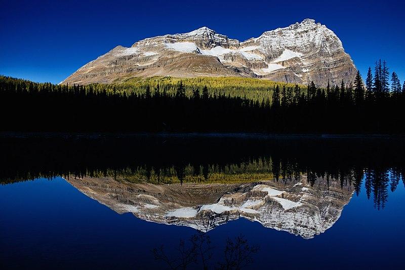 Файл: Озеро О Хара Отражение раннего утра (173874897) .jpeg