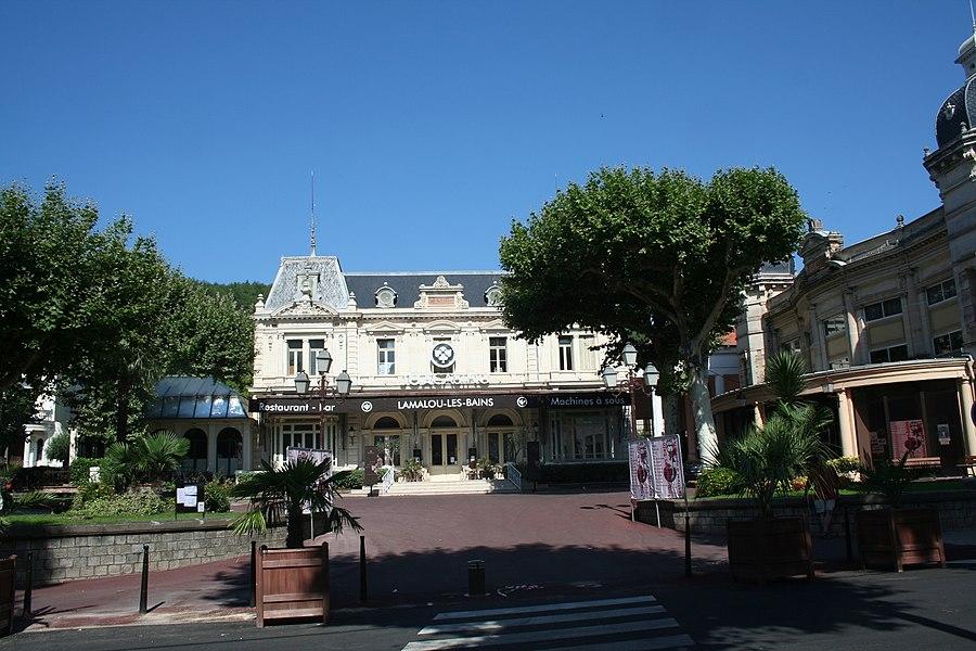 Lamalou-les-Bains - Hérault - casino et théâtre.