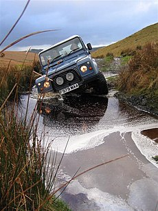 Land Rover 90 County Staation Wagon
