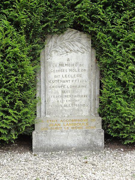 Laneuveville-devant-Bayon (M-et-M) mémorial de guerre