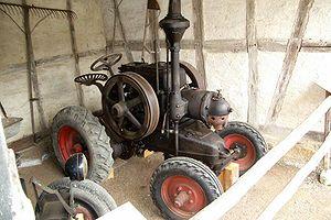 Lanz Bulldog - A 1928 Lanz Bulldog showing the hot bulb engine.
