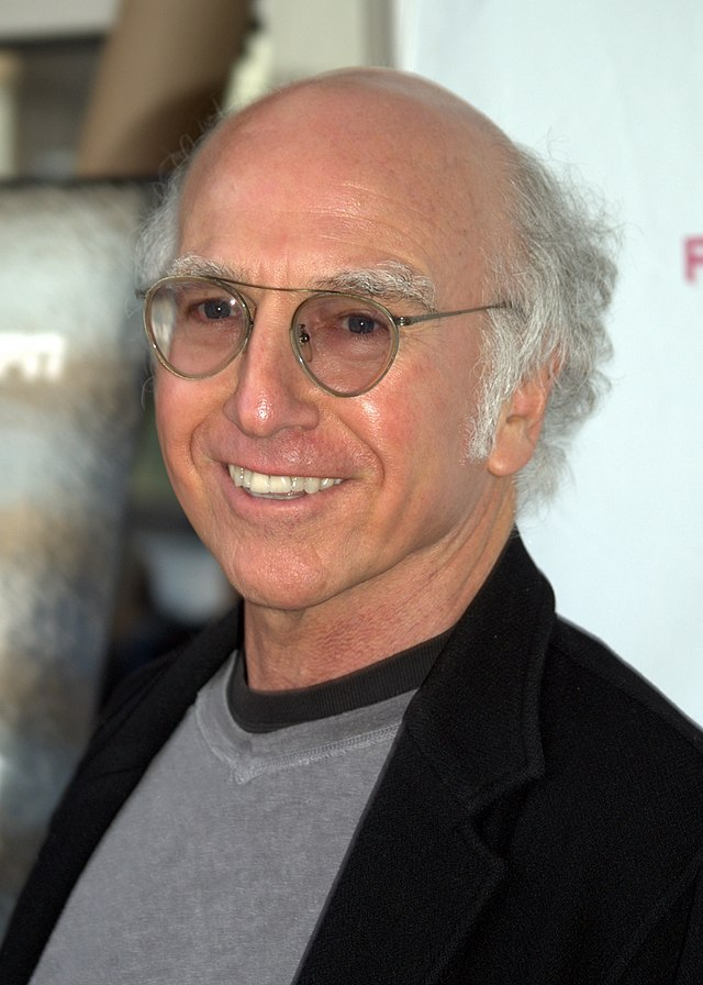 The 70-year old son of father Morty David and mother Rose David, 180 cm tall Larry David in 2018 photo