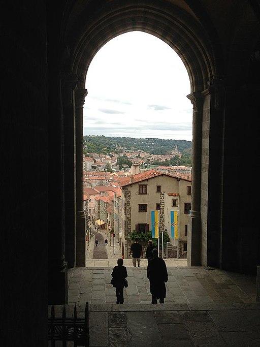Le Puy en Velay cathedral exit