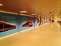 Lentoaseman rautatieaseman sisäänkäynti 2014-01-27.jpg
