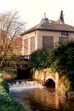 Letheringsett Brewery Watermill cascade in 1998 (photo Margaret Bird).jpg