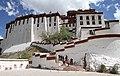 Lhasa-Potala-64-Nordseite-2014-gje.jpg