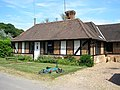 Lodge to Crabbetts Wood Farm, Itchington Common Road, Limpsfield, Surrey - geograph.org.uk - 185079.jpg