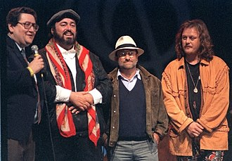 Luciano Pavarotti - From left: journalist Vincenzo Mollica, Pavarotti, Lucio Dalla and Zucchero on the first edition of Pavarotti & Friends (1992)