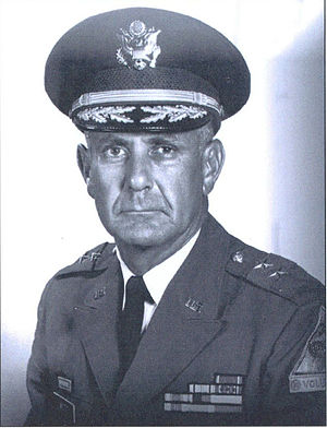 30th Armored Division (United States) - Hugh B. Mott as commander of 30th Armored Division.