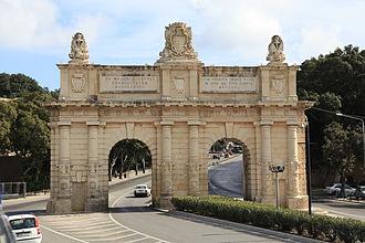 Charles François de Mondion - Image: Malta Floriana Triq Nazzjonali Porte des Bombes (N) 02 ies