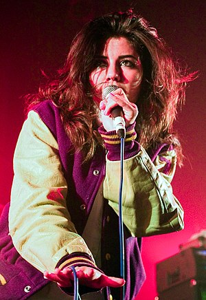 Marina and the Diamonds - Image: Marina & the Diamonds live NME Radar Tour 2009