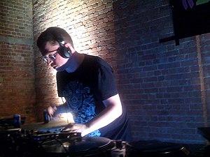 Mark Pritchard (music producer) - Image: Mark Pritchard DJ 2009