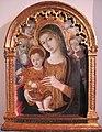 Matteo di giovanni, madonna col bambino con i santi g. evangelista, jacopo e due angeli.JPG