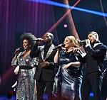 Melodifestivalen 2019, deltävling 1, Scandinavium, Göteborg, programledarna, 4.jpg