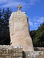 Menhir von St. Uzec.jpg