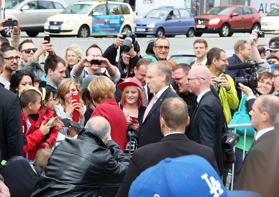 Merkel Bodyguards 2013