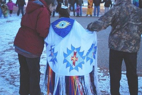 Metis shawl