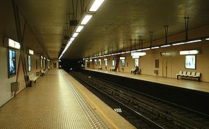 Hôtel des Monnaies/Munthof metro station - Image: Metro Brussel Munthof