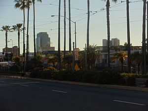 "Blue Line (Los Angeles Metro) - This is where the Metro Blue Line trains cross an ""X"" intersection in Downtown Long Beach. The Blue Line splits south into one track only for the loop."
