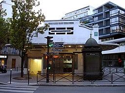Metro de Paris - Ligne 3bis - Saint-Fargeau 01