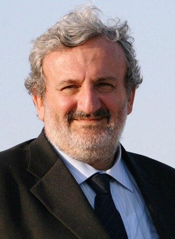 Michele Emiliano crop