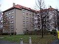 Michle, Sedlčanská 63 (Jihlavská 68 a 70).jpg