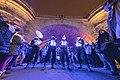 Miles de farolillos han iluminado el Puente de Toledo en la fiesta de bienvenida al invierno 06.jpg