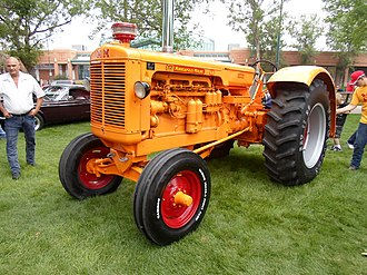 Minneapolis-Moline - Image: Minneapolis Moline GB Diesel Tractor (7615388794)